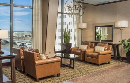 Hotelhalle DoubleTree Suites by Hilton Columbus Downtown