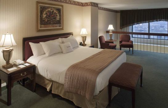 Suite DoubleTree Suites by Hilton Columbus Downtown