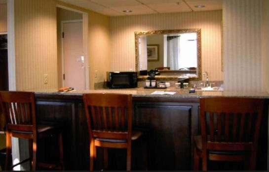 Zimmer DoubleTree Suites by Hilton Columbus Downtown