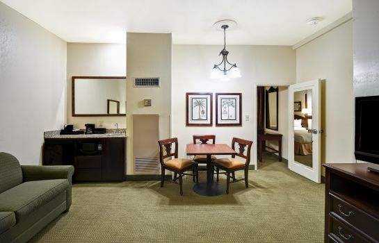 Suite Embassy Suites by Hilton Charleston Historic District
