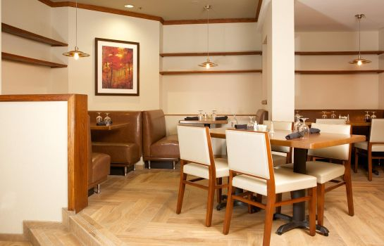 Restaurant DoubleTree Suites by Hilton Raleigh - Durham
