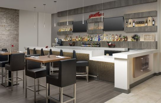 Hotel-Bar Crowne Plaza SAN ANTONIO AIRPORT