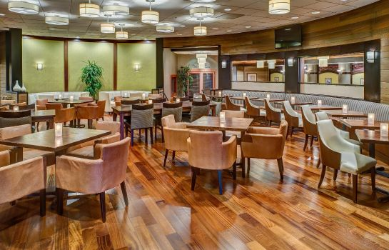 Restaurant DoubleTree by Hilton Seattle Airport