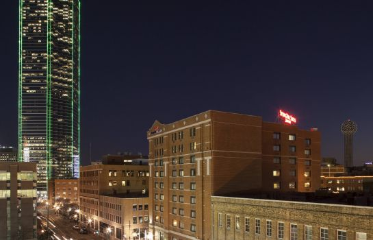Außenansicht SpringHill Suites Dallas Downtown/West End
