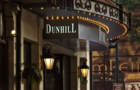 Buitenaanzicht The Dunhill Hotel
