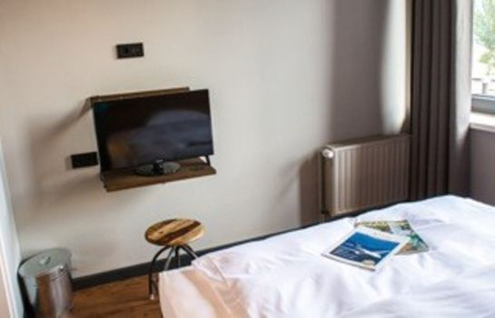 Double room (standard) Kröger by Underdog Hotels