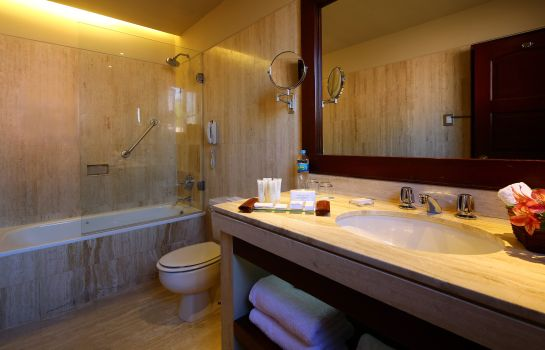 Bathroom WYNDHAM COSTA DEL SOL AREQUIPA
