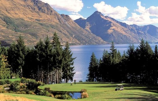 Golfbaan Queenstown - MGallery Collection Hotel St Moritz