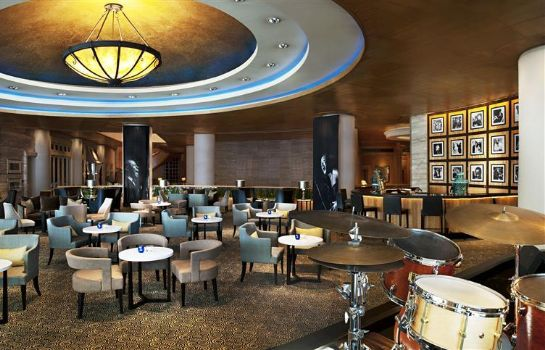 Bar del hotel Sheraton Grande Sukhumvit a Luxury Collection Hotel Bangkok