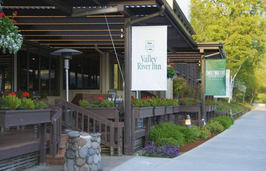 Restaurant VALLEY RIVER INN