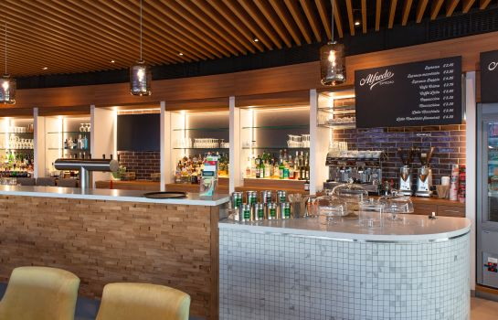 Hotel bar Holiday Inn BERLIN AIRPORT - CONF CENTRE