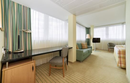 Suite Holiday Inn BERLIN AIRPORT - CONF CENTRE