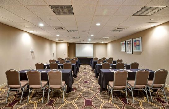 Conference room DoubleTree by Hilton Downtown Wilmington - Legal District