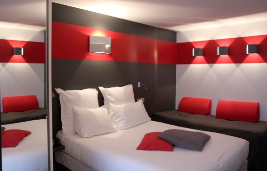 Chambre triple Best Western The Hotel Versailles