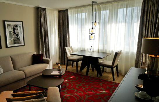 Luxurioese Bilder Von Antiker Kleiderschrank Fuer Elegantes Zimmer , Vila Vita Rosenpark Hotel & Residenz In Marburg – Hotel De