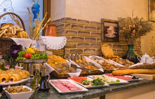 Breakfast buffet Kazzhol