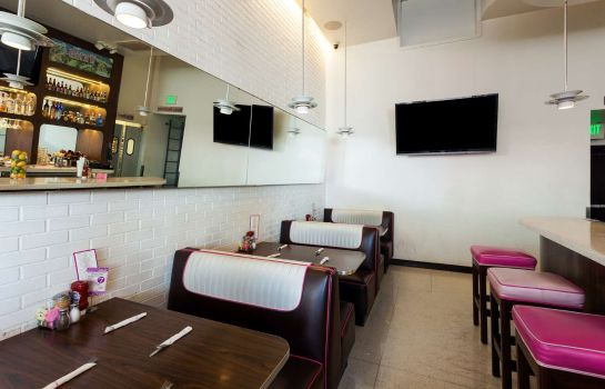 Restaurant RAMADA PLAZA WEST HOLLYWOOD