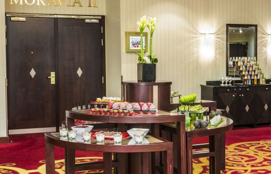 Info Prague Marriott Hotel