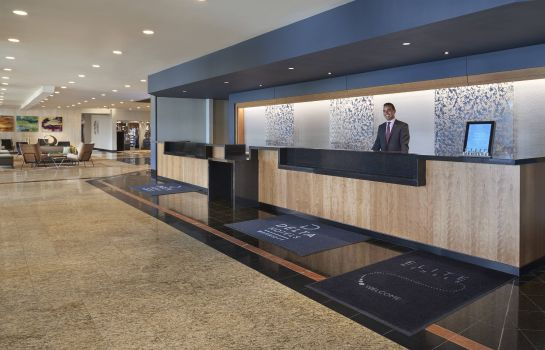 Hol hotelowy Delta Hotels Toronto Airport & Conference Centre