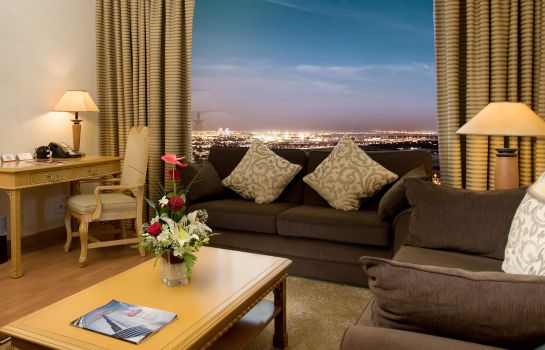 Room Crowne Plaza DUBAI APARTMENTS