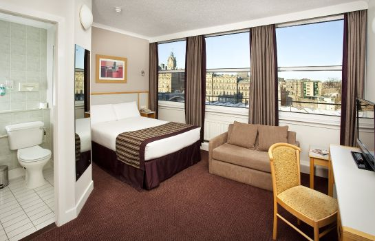 Room Jurys Inn Edinburgh