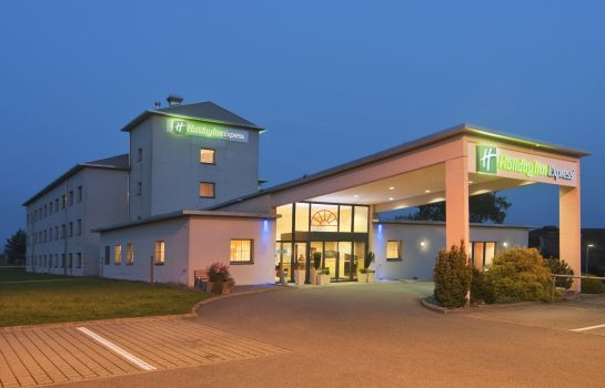 Vista exterior Holiday Inn Express LUZERN - NEUENKIRCH