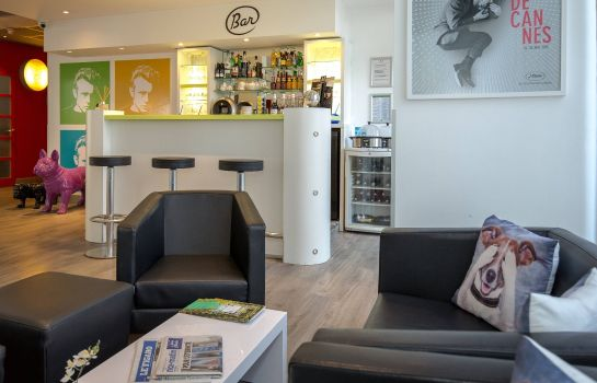 Hotelhalle ibis Styles Cannes Le Cannet