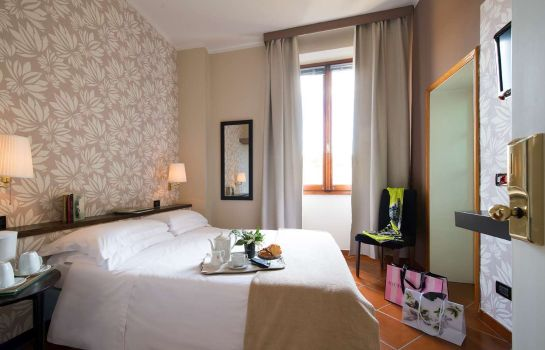 Zimmer De La Pace Sure Hotel Collection by Best Western