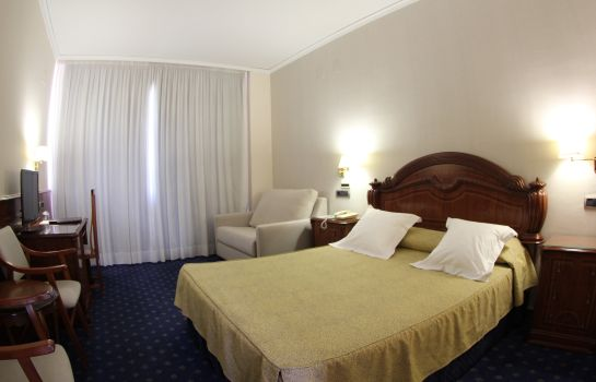 Double room (standard) Hotel Villareal Palace