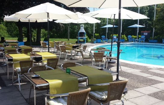 Terrasse Globales Post Hotel & Wellness