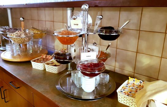 Breakfast buffet Amadeus