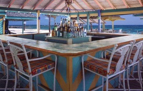 Hotel bar NISBET PLANTATION BEACH CLUB