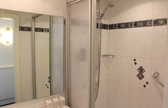 Triple room Hotel Multatuli