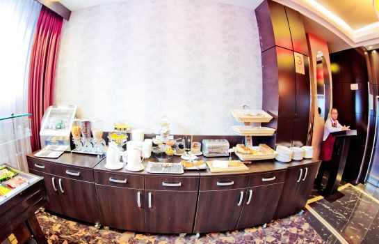 Ontbijtbuffet RIN Central