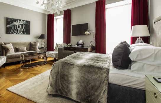 Suite St. Petersbourg