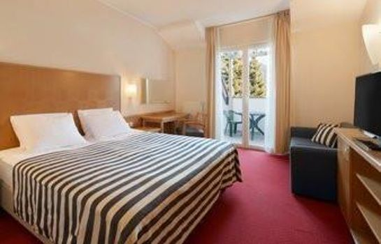 Chambre RAMADA HOTEL AND SUITES KRANJS