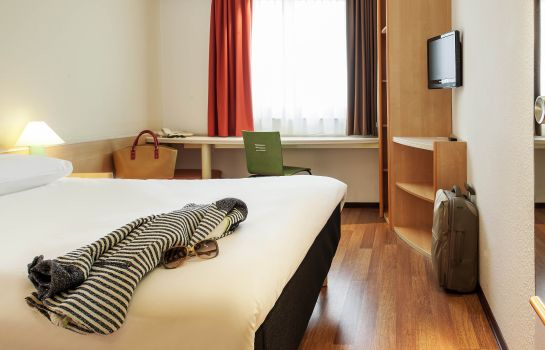 Standardzimmer ibis Stuttgart City