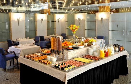 Breakfast buffet Sercotel Jaime I