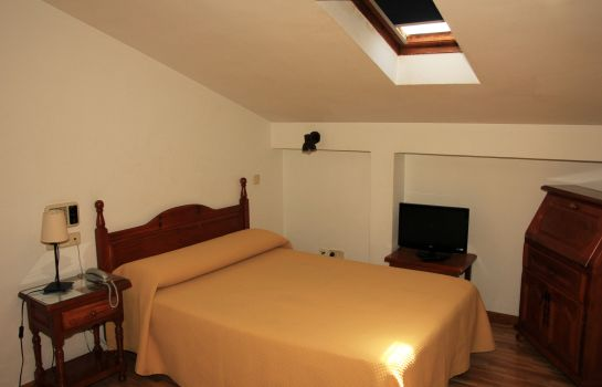 Chambre double (standard) Hotel Santa Isabel