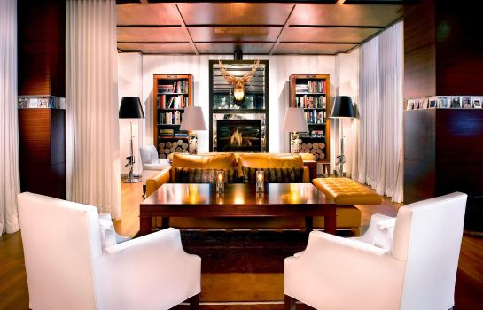 Hall de l'hôtel SLS Hotel a Luxury Collection Hotel Beverly Hills