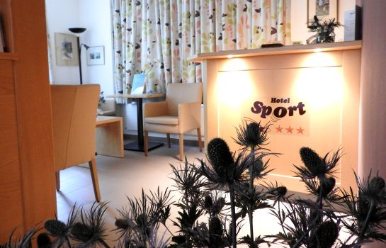Empfang Ski-in/Ski-out Hotel Sport