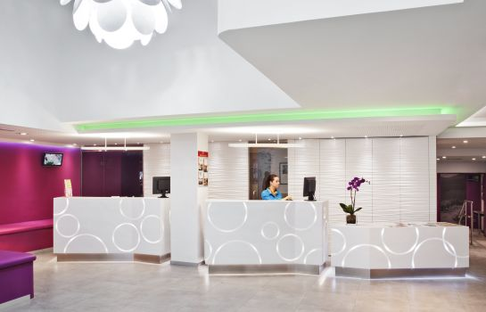 Reception ibis Styles Madrid Prado