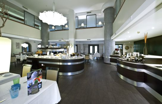 Restauracja Holiday Inn NAPLES