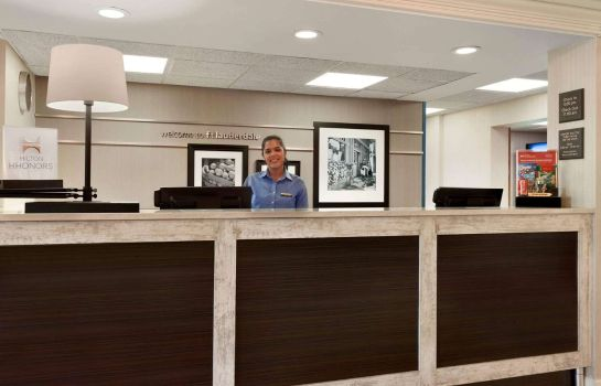 Hotelhalle Hampton Inn - Suites Ft Lauderdale Arpt-So Cruise Port FL
