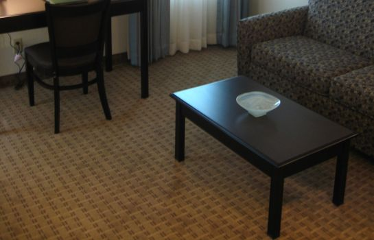 Suite EASTLAND SUITES HOTEL AND CONF