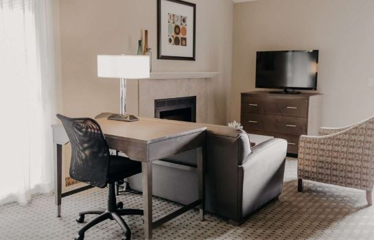 Suite Eastland Suites Hotel & Conference Center Bloomington