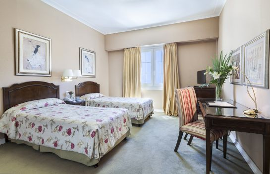 Double room (standard) Claridge Hotel