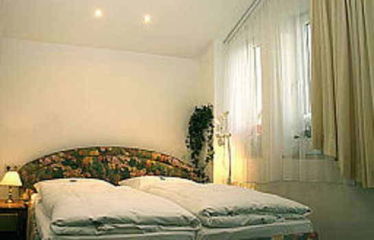 Room Occam Garni