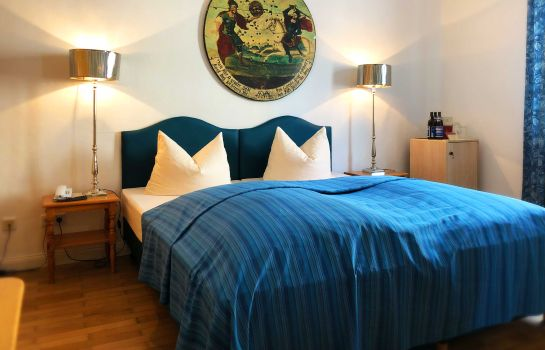 Four-bed room Hotel Mariahilf