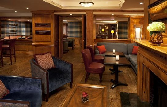 Hotel bar The Fairfax at Embassy Row CON